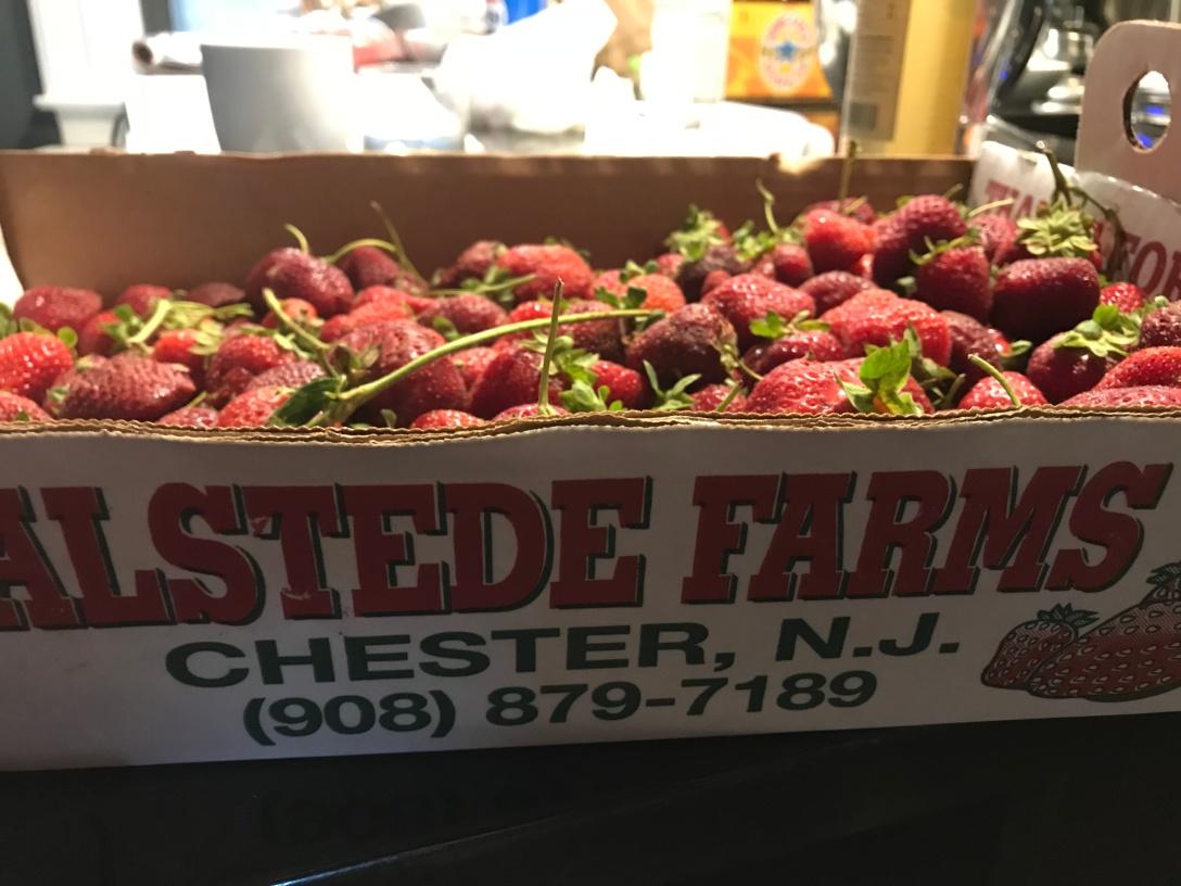 Eleven_Madison_Park_Strawberry_Elderflower_Strawberry_Crate